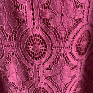 LOFT Tops - Adorable lace top